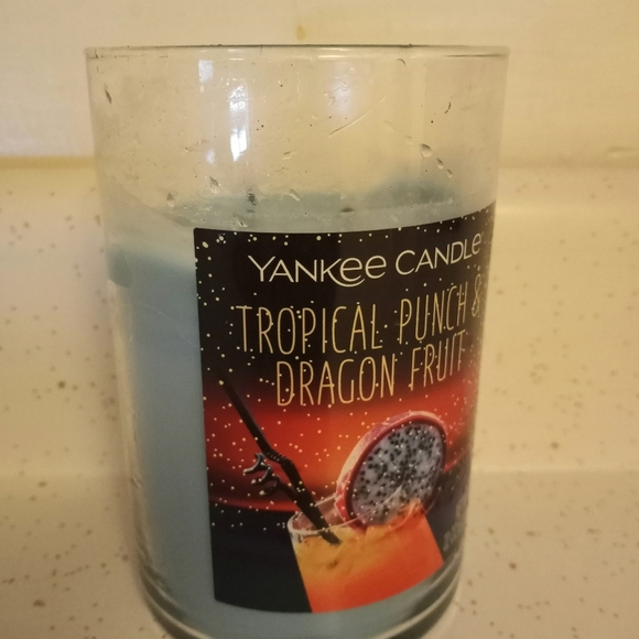 Yankee Candle Tropical Punch & Dragon Fruit - Used